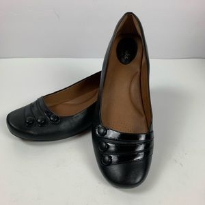 Clark's Arisan Black Leather Slip On Career Flats